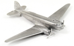 Douglas C-47 Allzwecktransporter (DC-3) AC111